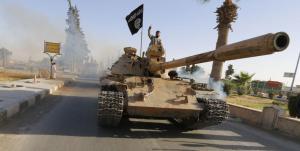 combatientes-del-isis-tras-su-entrada-en-la-provincia-de-raqqa